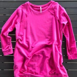 Oversized Pocket Sweatshirt - Size L
